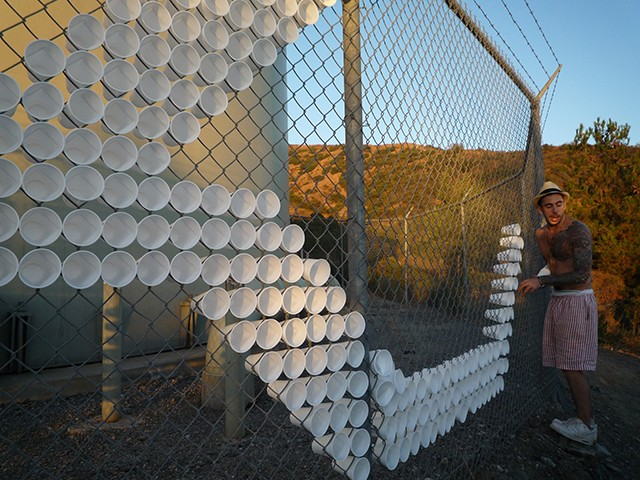 Как сделать сетку на забор в своими руками