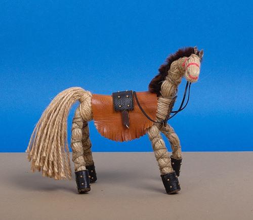 Делаем для лошади своими руками