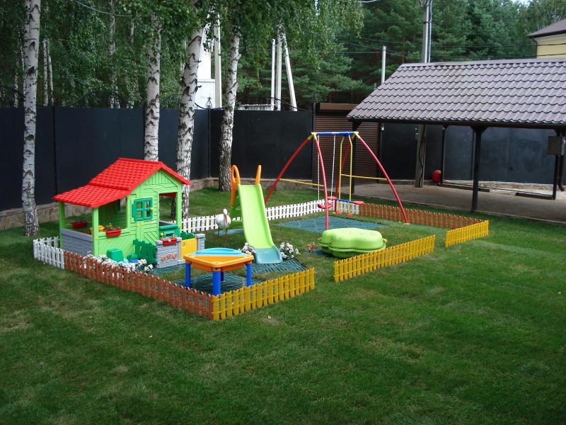 Обустройство детской площадки своими руками на даче